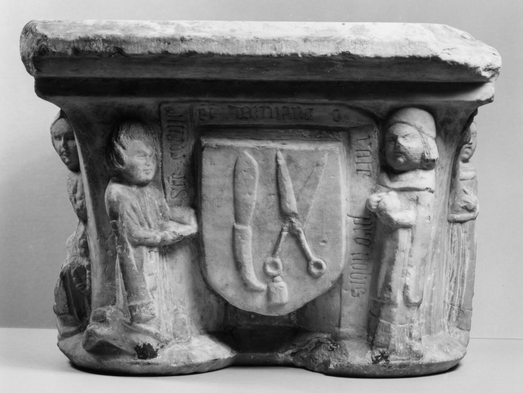 French_-_Double_Capital_Depicting_Saints_Cosmas_and_Damian_(Guild_of_Barber-Surgeons)_-_Walters_27572